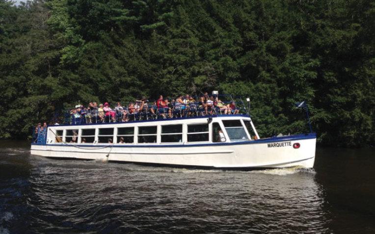 Dells Boat Tours LLC