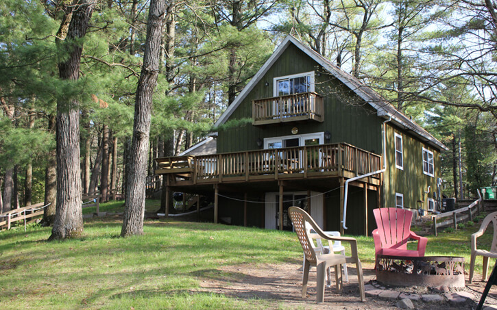 Pine Bay Lodge