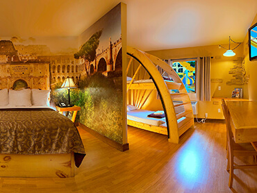 Mt. Olympus Hotel Room >> 0 to 1 minutes to the Park